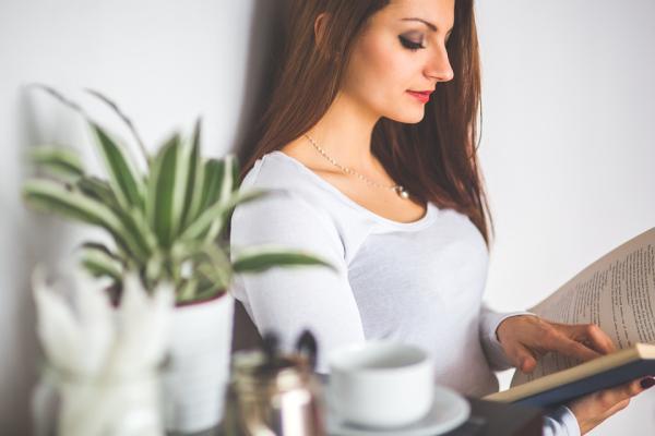 6 libros de autoayuda sobre la autoestima - La Gran Magia: una vida creativa más allá del miedo, de Elizabeth Gilbert