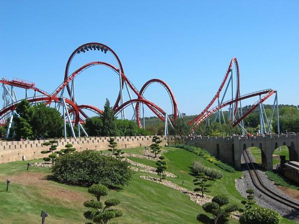 Los 5 mejores parques de atracciones de Europa - Port Aventura (España)