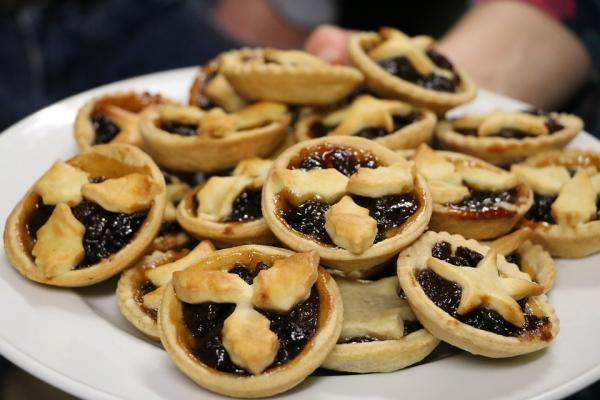 5 dulces típicos de Navidad en Inglaterra - Mince Pies, uno de los postres típicos ingleses