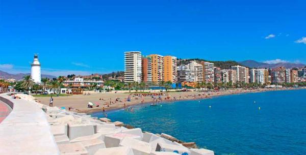 Las mejores playas de Málaga capital - Playa de La Malagueta