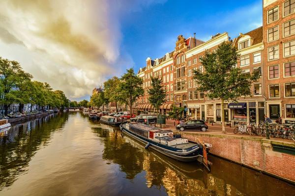 Qué ciudades visitar en Europa con niños - Amsterdam, ideal para viajar por Europa en familia
