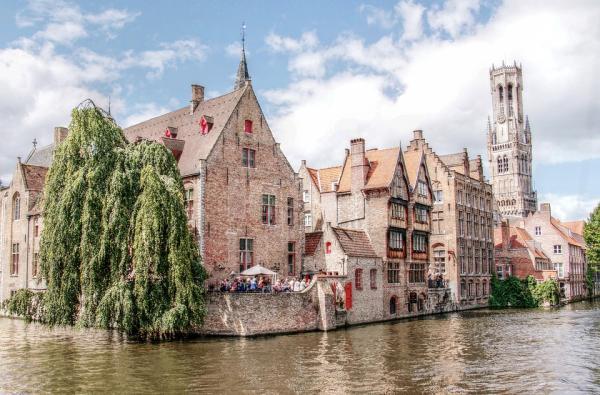 Qué ciudades visitar en Europa con niños - Brujas, otra de las mejores ciudades para ir con niños