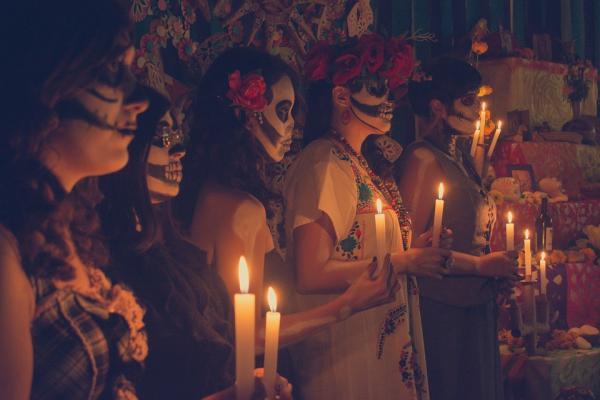 5 ideas de fiestas temáticas originales para adultos - Fiesta mexicana, una temática divertidísima