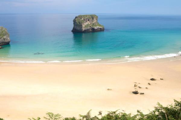 Playas bonitas en Asturias - Playa de Ballota