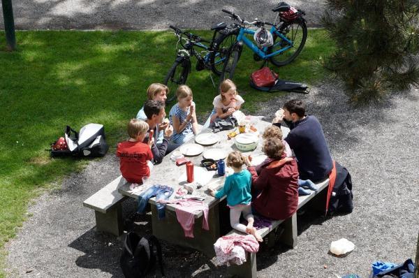 Cómo preparar un picnic para niños - La mejor comida para un picnic con niños
