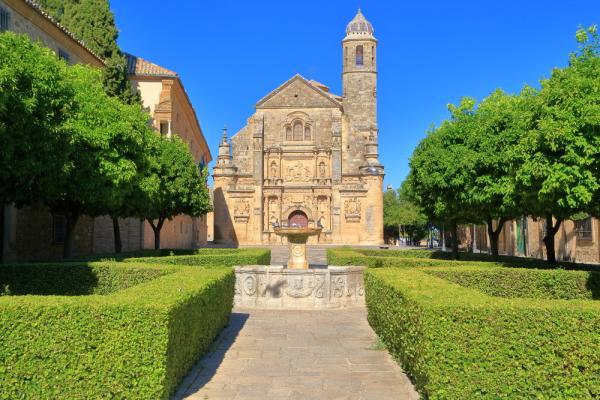 Pueblos románticos de Andalucía - Úbeda (Jaén), uno de los pueblos con encanto de Andalucía