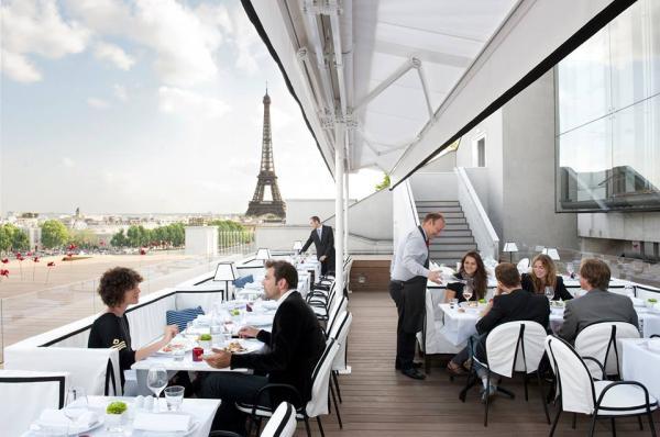 Restaurantes con vista a la torre Eiffel - Restaurant Maison Blanche de París