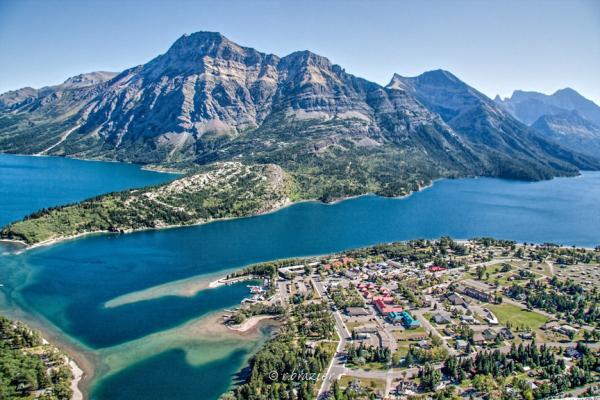 Los mejores parques nacionales de Canadá - 2. Parque Nacional Waterton Lakes, ideal para hacer senderismo
