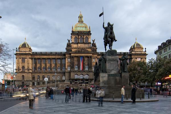 Los 5 mejores mercadillos de navidad en Praga - Mercado de la Plaza de la República