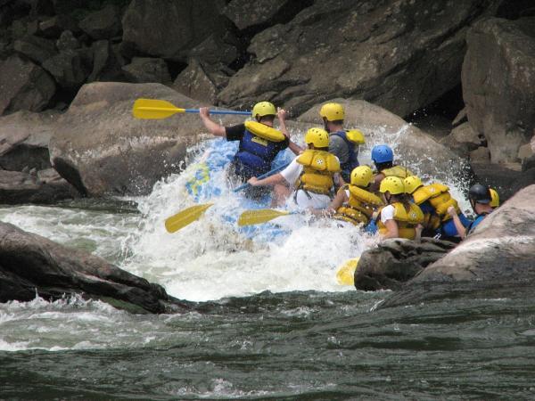 Los 4 mejores sitios para hacer rafting en Cataluña - Río Noguera Ribagorzana, la frontera entre Cataluña y Aragón