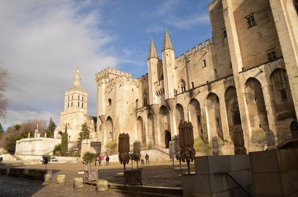 10 pueblos románticos del sur de Francia - Avignon, uno de los pueblos románticos del sur de Francia