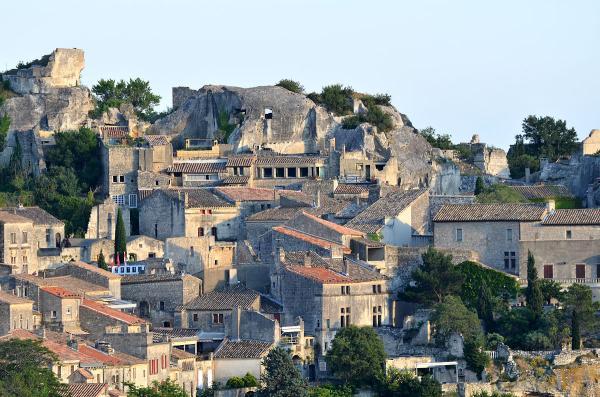 10 pueblos románticos del sur de Francia - Les Baux de Provence, un bello pueblo medieval