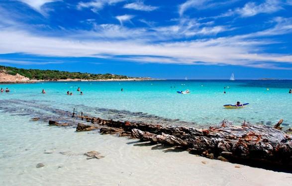 Playas paradisíacas en Italia - Playa Caprera (Trapani, Sicilia), una playa espectacular de Italia