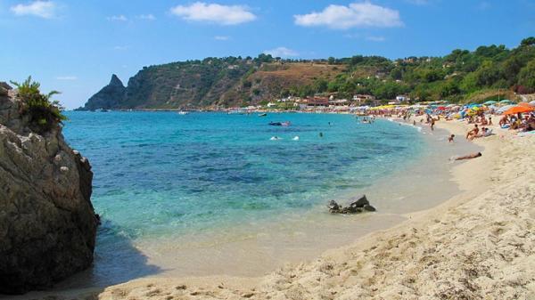 Playas paradisíacas en Italia - Playa de Grotticelle (Calabria), una playa espectacular