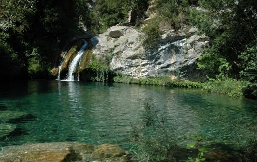 Las mejores piscinas naturales de Cataluña - Gorg Blau en Sant Aniol