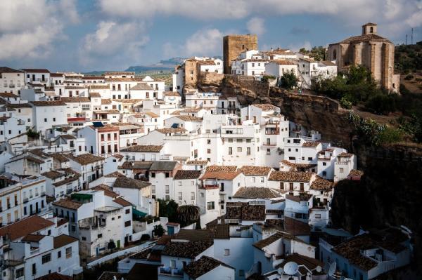 6 pueblos con encanto en Andalucía - Constantina y sus calles laberínticas