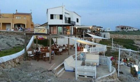 Dónde ver el mejor atardecer en Menorca - Bar Sa Posta de Sol