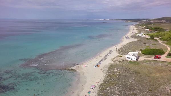 Dónde ver el mejor atardecer en Menorca - Playa de Son Bou