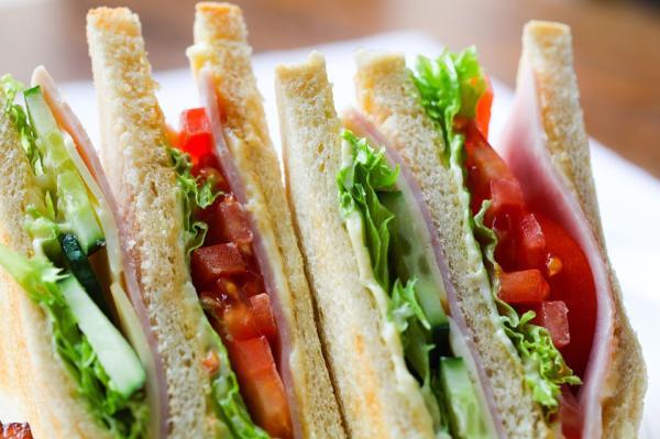 Ideas de comidas frías para la playa - Sándwiches y emparedados creativos