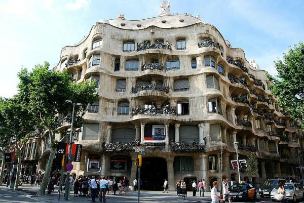 Qué hacer en Barcelona - La Pedrera o Casa Milà