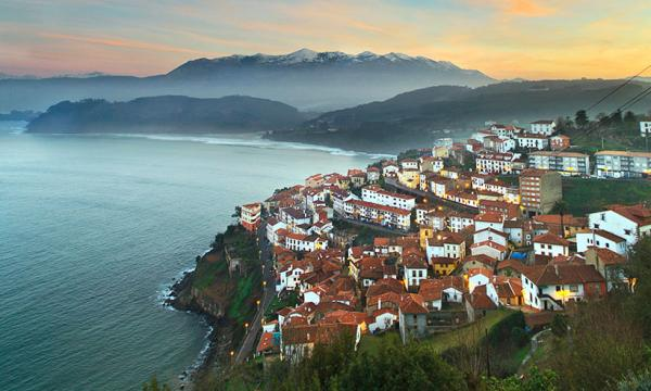 5 pueblos de Asturias con encanto - Lastres, un pueblo asturiano de película