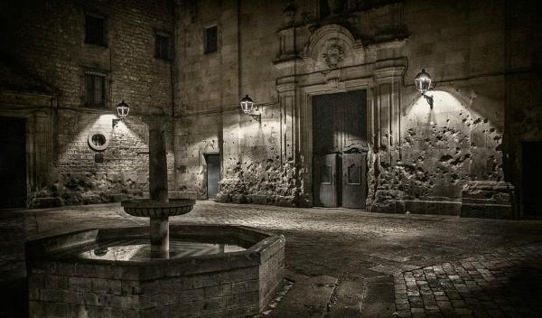 Sitios para hacer fotos en Barcelona - La plaza Felip Neri