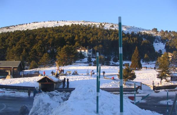 Dónde ver nieve en Madrid - Los Cotos