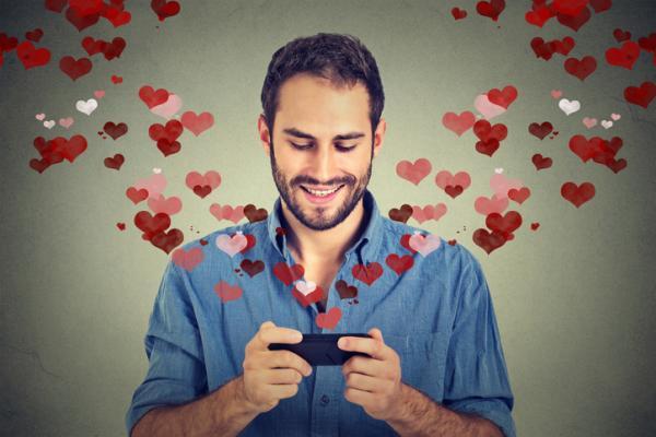Cómo pedir matrimonio por WhatsApp