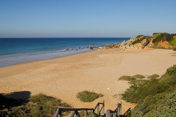 Dónde ver el mejor atardecer en Cádiz - Atardeceres en Cala Encendida, un deleite para los sentidos