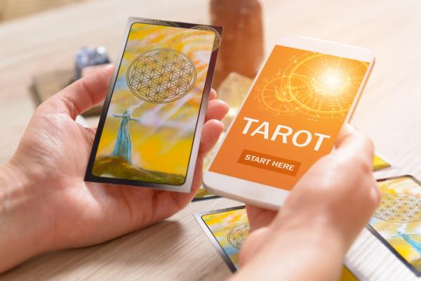 Tarot 806: fiable y barato - Qué es el tarot 806